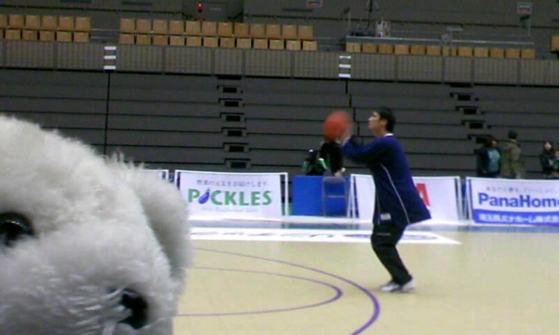 埼玉vs琉球、タッチの差で間に合わず